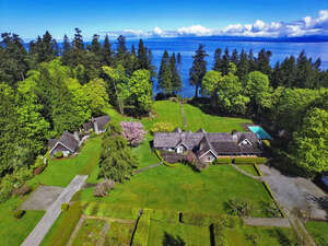 Featured Property in Qualicum Beach, BC V9K 1G1