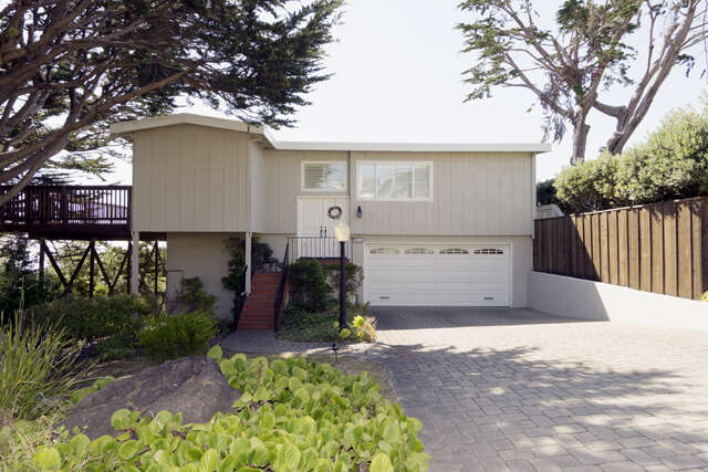 Single Family for Sale at 201 Farrallone Ave Montara, California 94037 United States