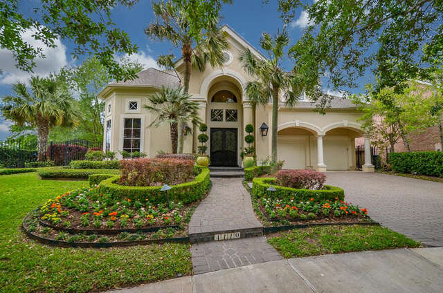 Single Family for Sale at 4110 Thistle Hill Court Sugar Land, Texas 77479 United States