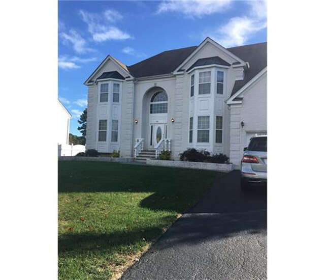 Single Family for Sale at 512 Spotswood Gravel Hill Road Monroe Township, New Jersey 08831 United States