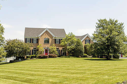 Single Family for Sale at 2165 JUNCTION ROAD Manheim, Pennsylvania 17545 United States