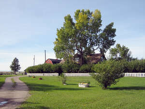 Featured Property in Nanton, AB T0L 1R0