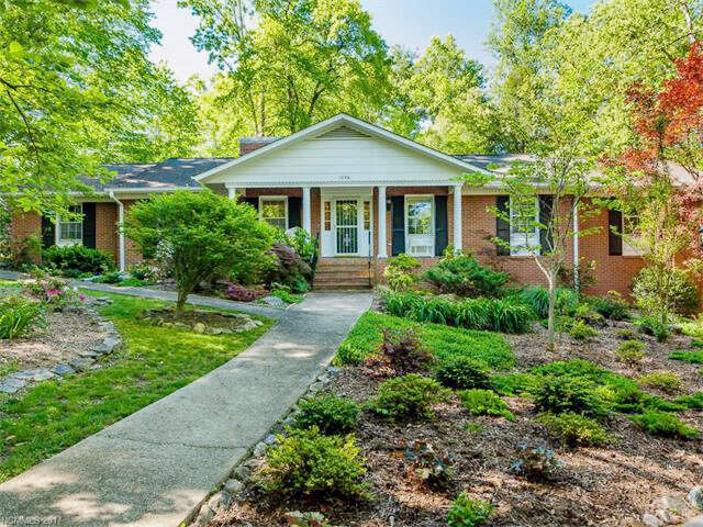Real Estate for Sale, ListingId:45090227, location: 1236 Everette Place #5 Hendersonville 28791