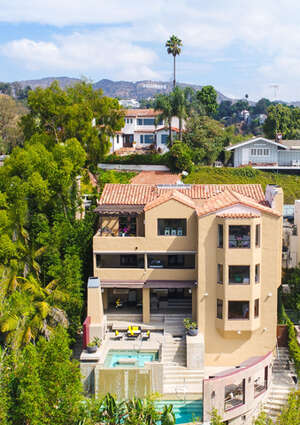 Featured Property in Los Angeles, CA
