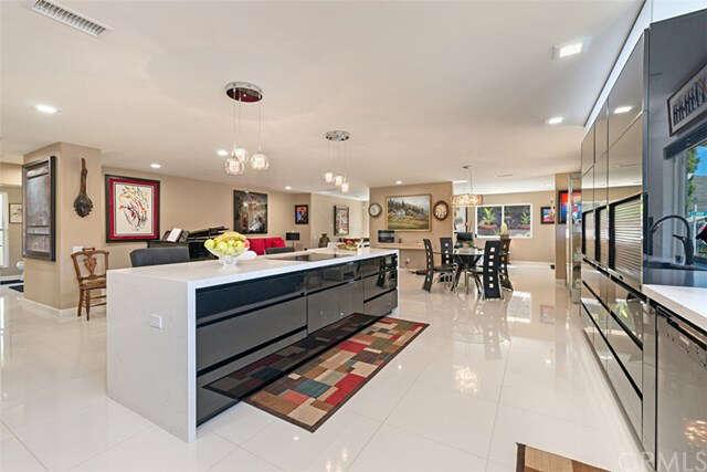 Condominium for Sale at 5269 Avenida Del Sol Laguna Woods, California 92637 United States