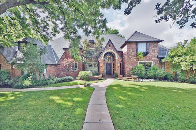 Single Family for Sale at 6504 Oak Forest Rd Edmond, Oklahoma 73025 United States
