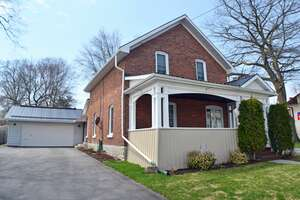 Featured Property in Napanee, ON K7R 1N5