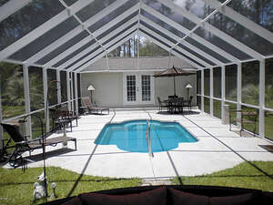 Featured Property in Alford, FL 32420