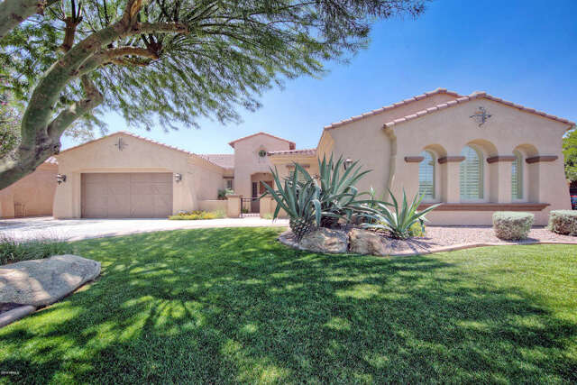 Single Family for Sale at 5326 S Fairchild Ln Chandler, Arizona 85249 United States