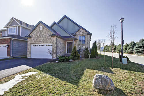 Real Estate for Sale, ListingId:44104233, location: 20 Riesling Drive Niagara On the Lake L0S 1J0