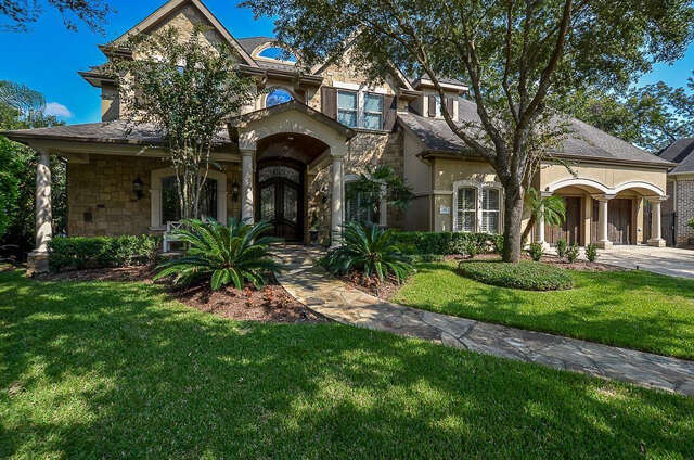 Single Family for Sale at 23 Royal Hampton Court Sugar Land, Texas 77479 United States