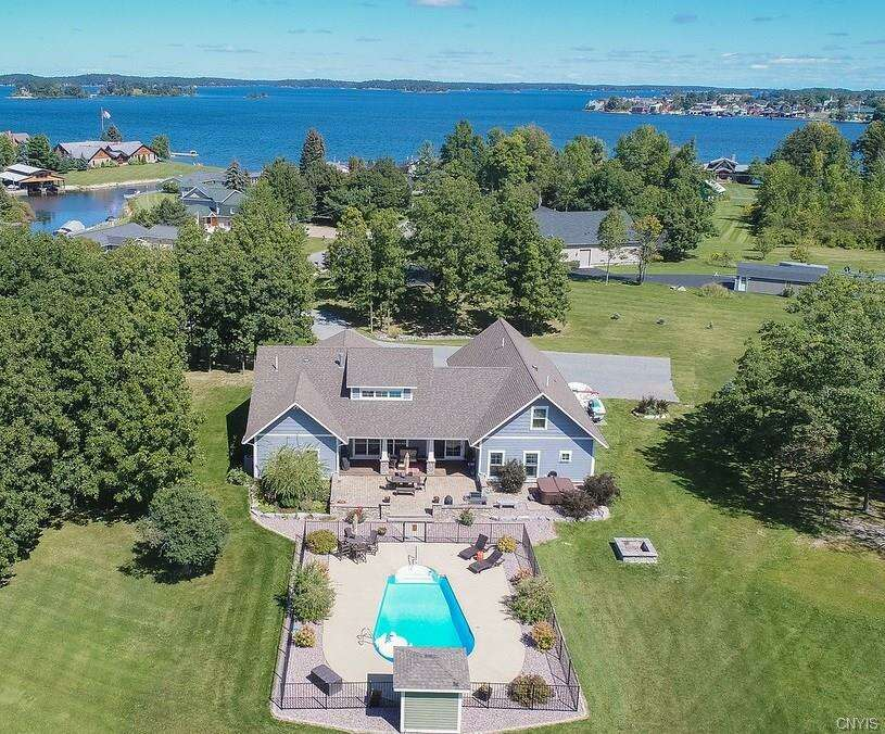 Single Family for Sale at 129 South Shore Drive Clayton, New York 13624 United States