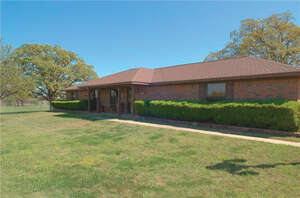 Featured Property in Bartonville, TX 76226