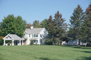 Featured Property in Charlotte, VT 05445