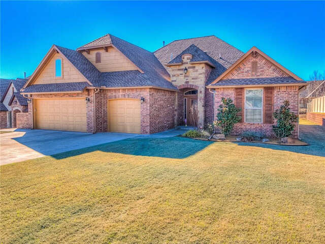 Real Estate for Sale, ListingId:43759829, location: 12614 Forest Ridge Drive Choctaw 73020