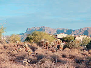 Featured Property in Gold Canyon, AZ 85118