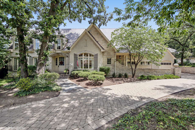 Single Family for Sale at 707 Midwest Club Pkwy. Oak Brook, Illinois 60523 United States