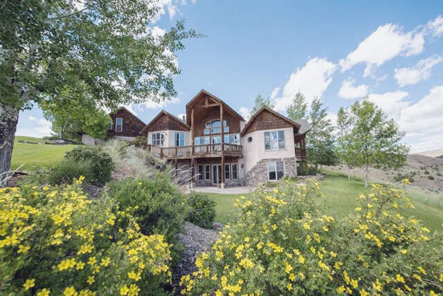 Single Family for Sale at 152 Buckboard Trail Manhattan, Montana 59741 United States