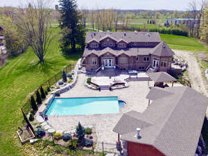 Featured Property in Caledon, ON L7C 1T5