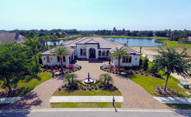 Single Family for Sale at 8210 Portlight Court Lakewood Ranch, Florida 34202 United States