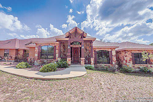 Single Family for Sale at 552 Arbor View Adkins, Texas 78101 United States