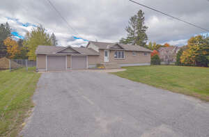 Single Family Home for Sale, ListingId:41920618, location: 2 GOULBOURN ST Stittsville