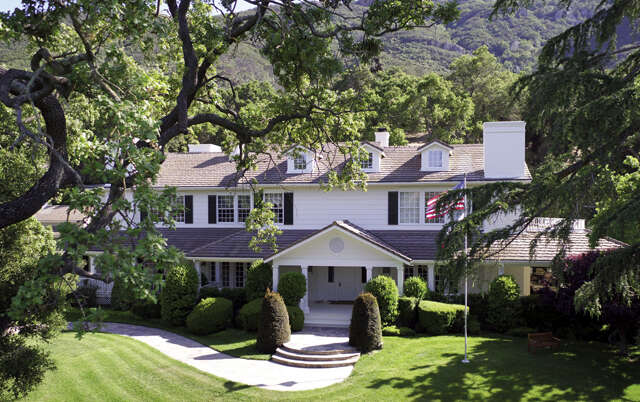 Single Family for Sale at 1464 Hidden Valley Rd Thousand Oaks, California 91361 United States