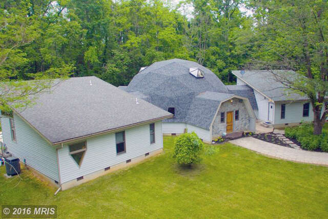 Single Family for Sale at 2131 RUNNYMEADE ROAD Bunker Hill, 25413 United States