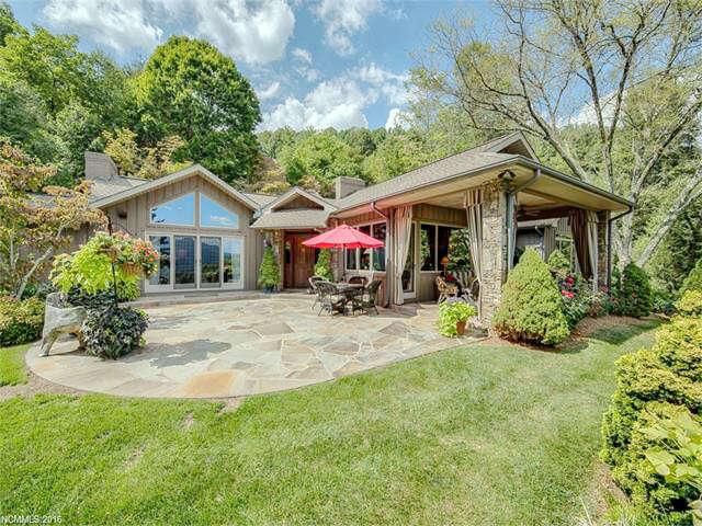 Single Family for Sale at 72 Ridgefield Road Waynesville, North Carolina 28786 United States