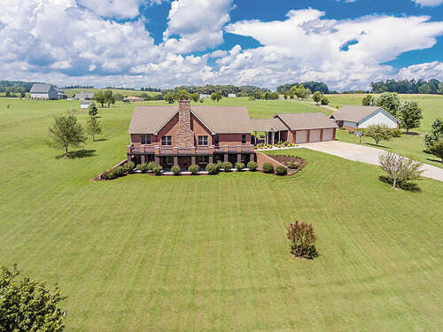 Single Family for Sale at 5711 Morganton Rd Greenback, Tennessee 37742 United States