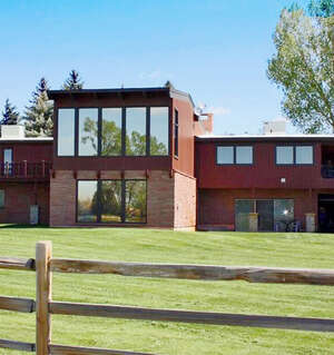 Featured Property in Riverton, WY 82501