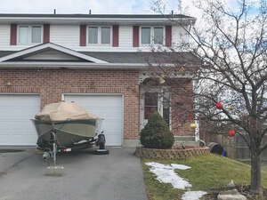 Real Estate for Sale, ListingId: 42849130, Amherstview, ON  K7N 1Y6