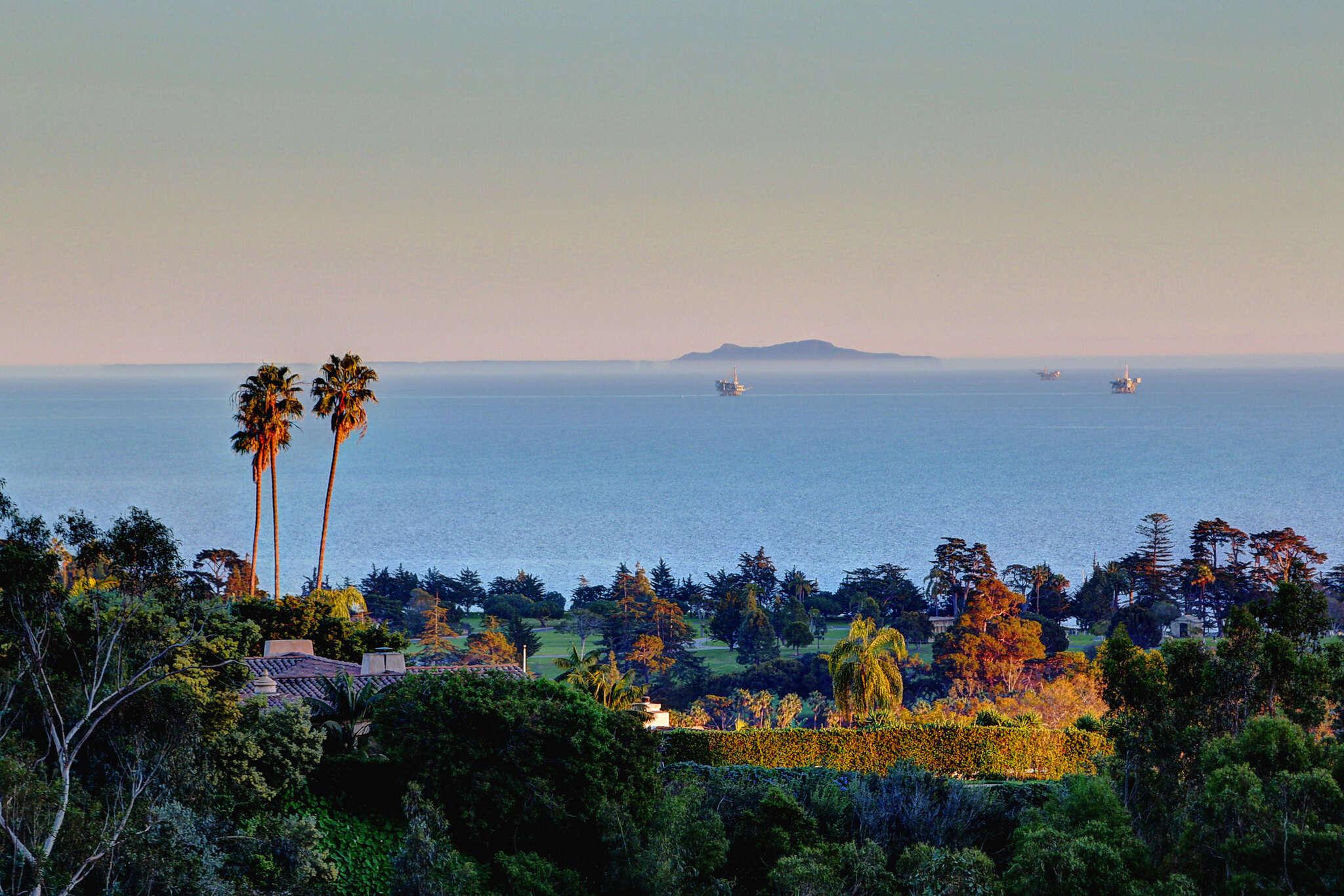 Single Family for Sale at 809 Cima Linda Lane Santa Barbara, California 93108 United States