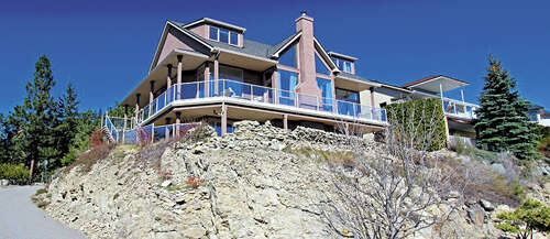 Featured Property in KELOWNA, BC, V1V 1W2