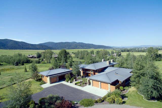 Single Family for Sale at 117 Myers Lane Bozeman, Montana 59715 United States