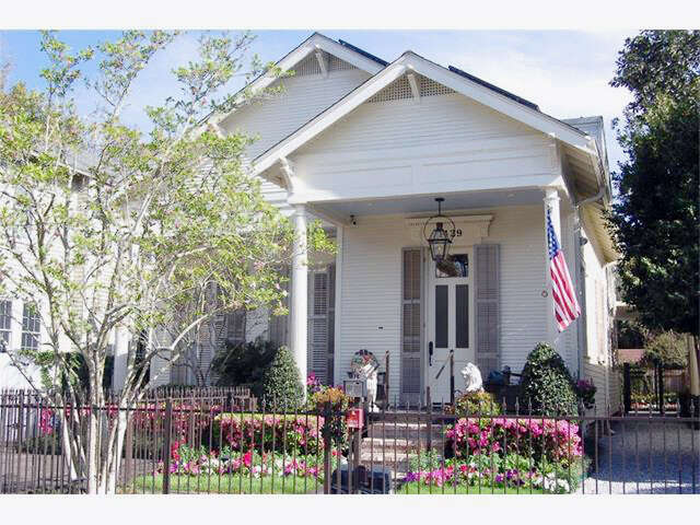 Single Family for Sale at 1429 Fern Street New Orleans, Louisiana 70118 United States