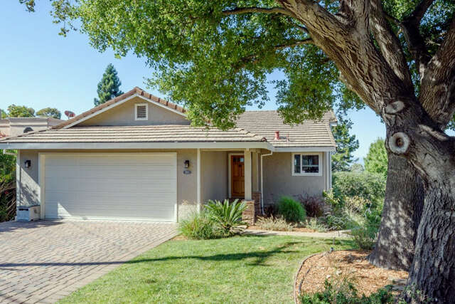 Single Family for Sale at 507 Edgecliff Way Redwood City, California 94062 United States