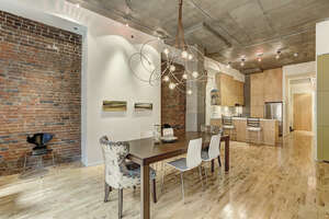 Featured Property in Montreal, QC H2Y 4B8