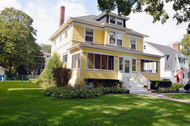 Single Family for Sale at 110 S Kensington Ave La Grange, Illinois 60525 United States