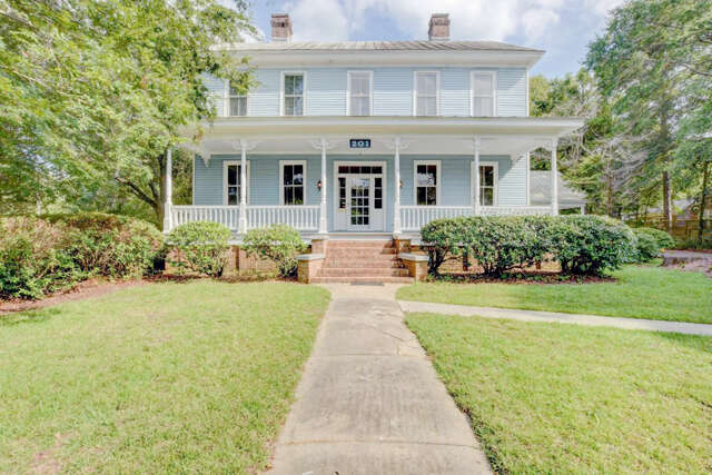 Single Family for Sale at 201 Central Avenue Summerville, South Carolina 29483 United States