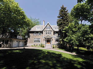 Featured Property in Westmount, QC H3Y 3E1