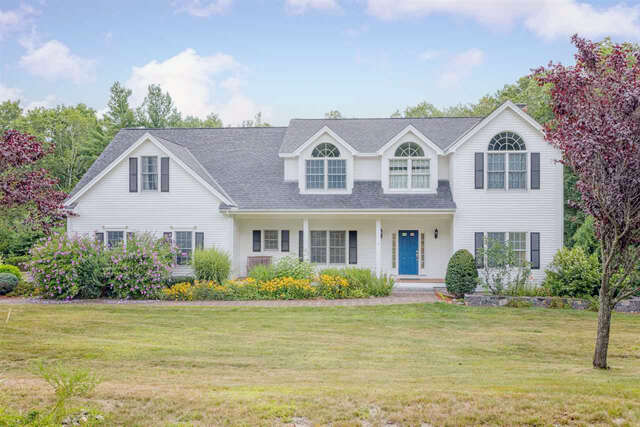 Single Family for Sale at 2 Sinclair Drive Drive Exeter, New Hampshire 03833 United States