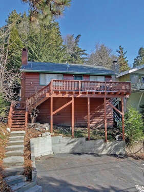 Featured Property in Rimforest, CA 92378