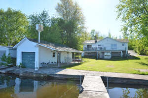 Featured Property in Lindsay, ON K9V 4R4