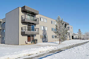 Featured Property in Grande Prairie, AB T8V 3L3