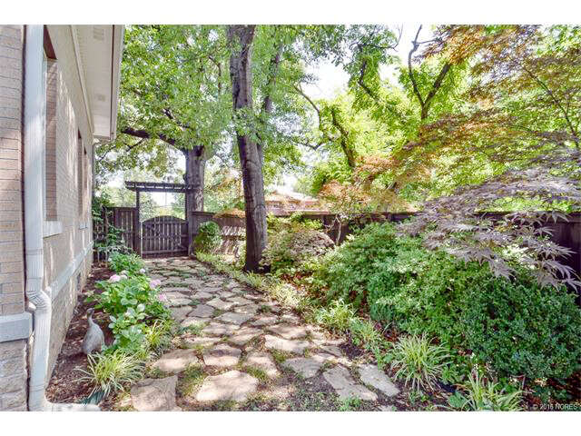 Featured Property in TULSA, OK, 74114
