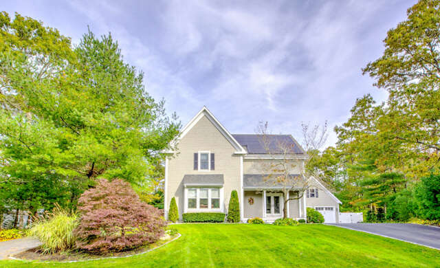 Single Family for Sale at 108 Roosevelt Road Cotuit, Massachusetts 02635 United States