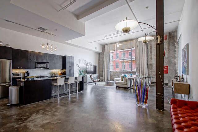 Condominium for Sale at 610 John Churchill Chase St #l7 New Orleans, Louisiana 70130 United States