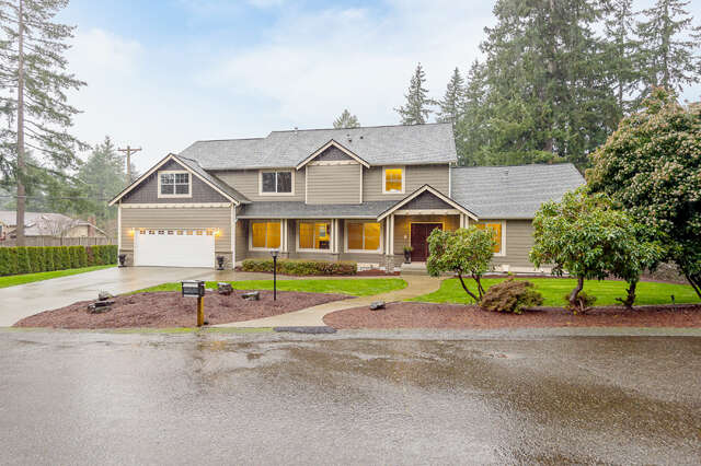 Single Family for Sale at 4322 72nd Ave W University Place, Washington 98466 United States
