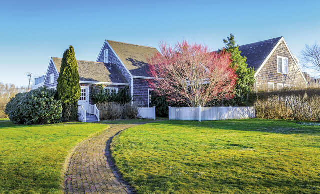 Single Family for Sale at 354 Jobs Lane Bridgehampton, New York 11932 United States